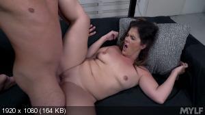 Montse Swinger - Horny MILF Housekeeping [1080p]